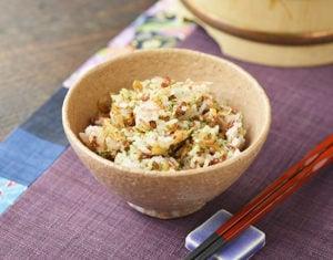 桜えびと青のり赤米ご飯